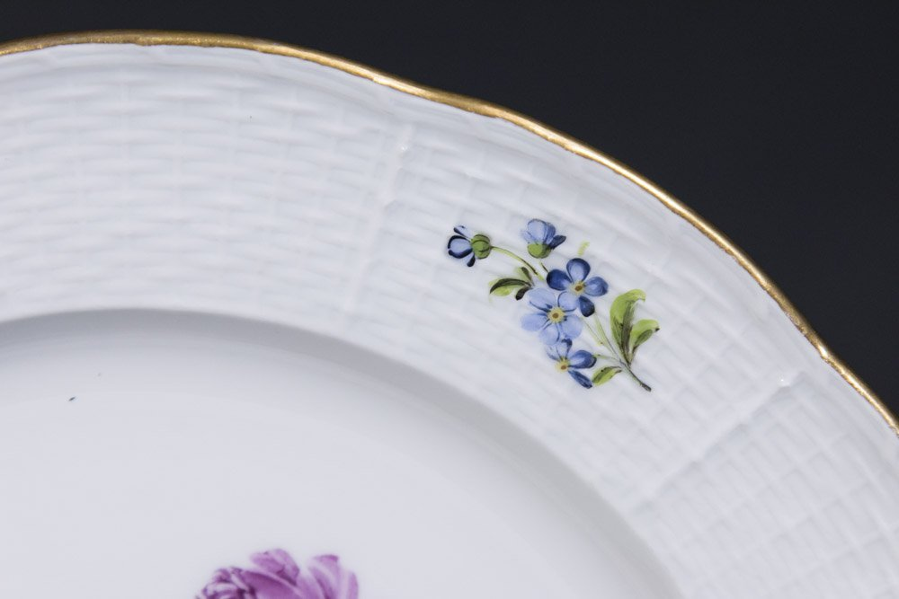 Set of 8 Meissen Floral Plates - 3
