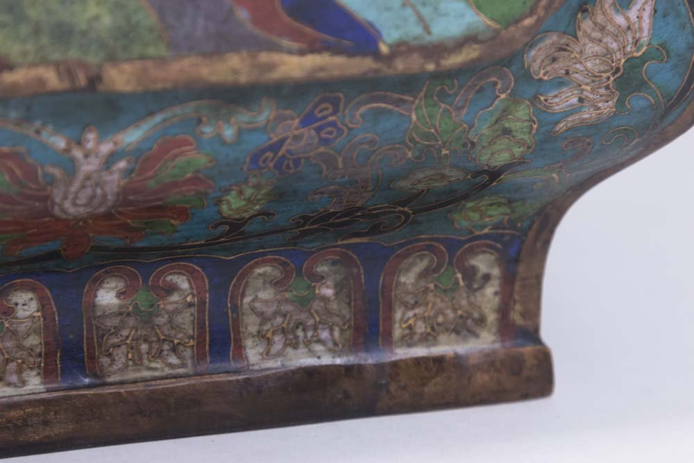 Asian 4-Panel 19th Century Cloisonné Vase - 4