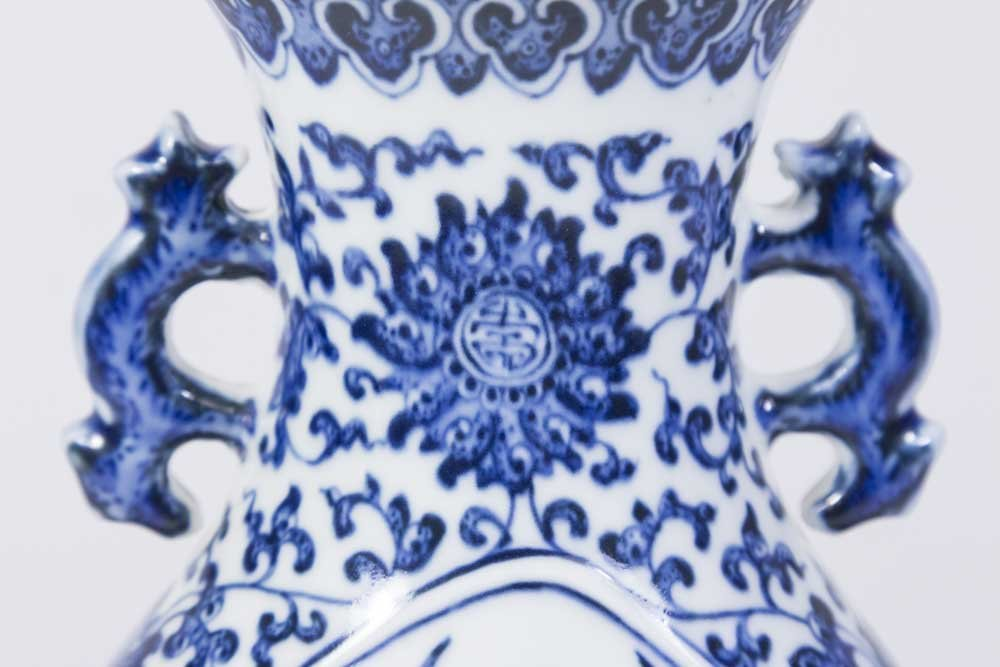 Blue & White Peach & Bats Chinese Porcelain Vase - 2