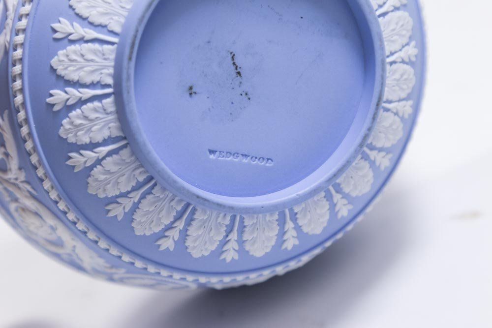 Group Lot 7 Wedgwood Pieces - 6