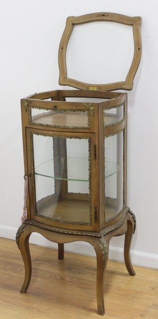 French Bronze Mounted Curio/Vitrine