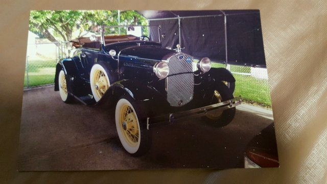 1931 Ford Model A Roadster - 2