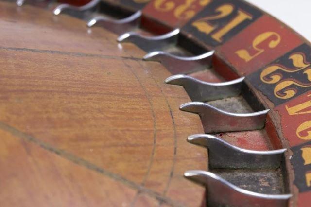 :Vintage Roulette Wheel - 3