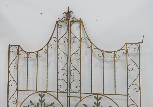 Pair of Iron Gates - 3