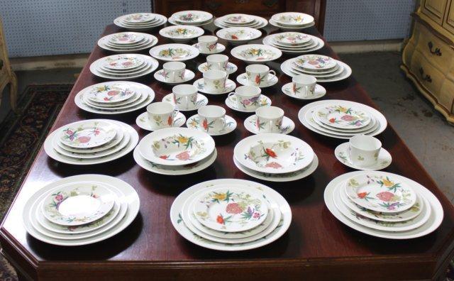 Limoges Porcelain Dinner & Luncheon Set