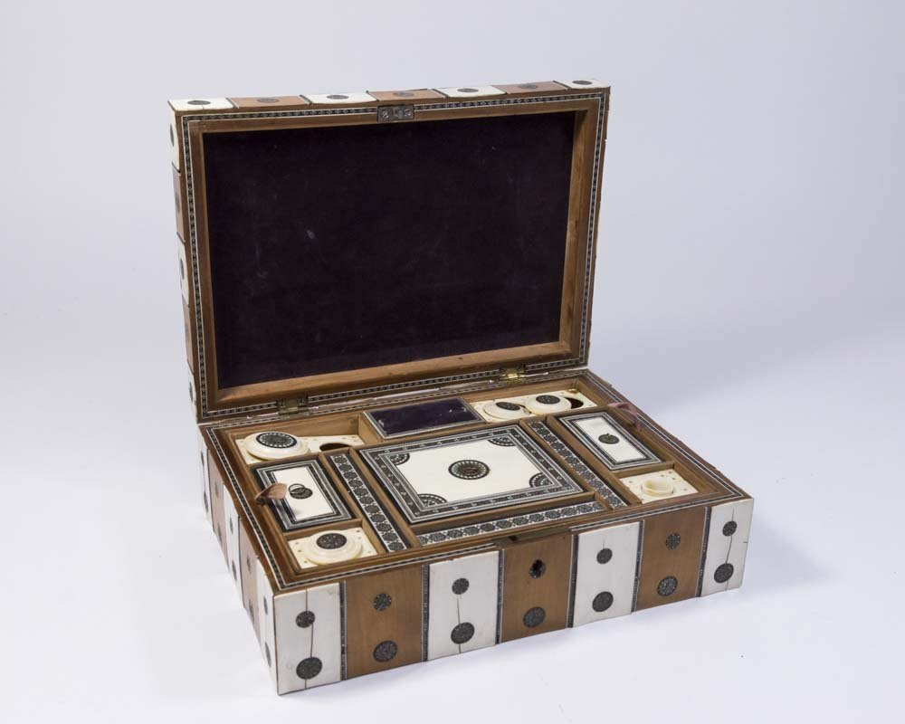 Antique Inlaid Sewing Box - 6