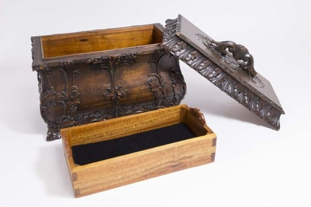 :Carved Covered Wooden Box - 4