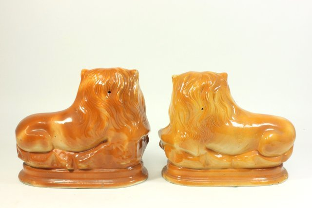 Matched Pair of Staffordshire Ceramic Lions - 7