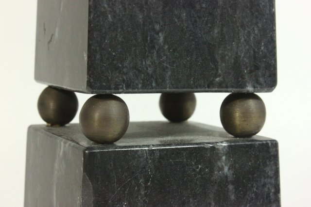5 Marble Columns - 5