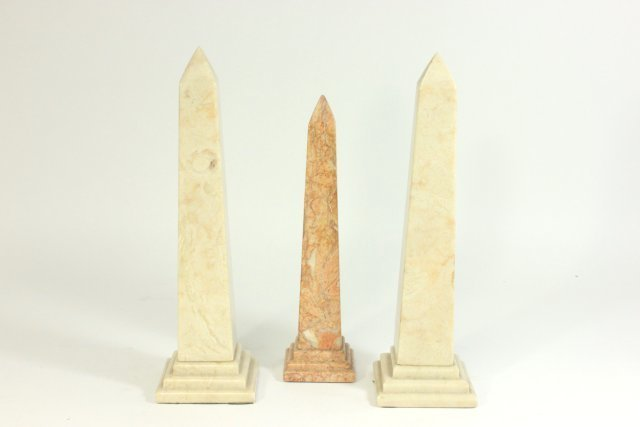 5 Marble Columns - 6