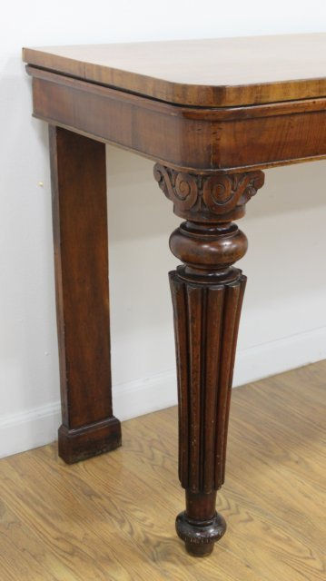 Late 19th-Early 20th C.Mahogany Serving Table - 3