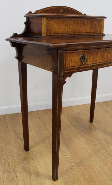 Late 19th C. Georgian Style American Lady's Desk - 5