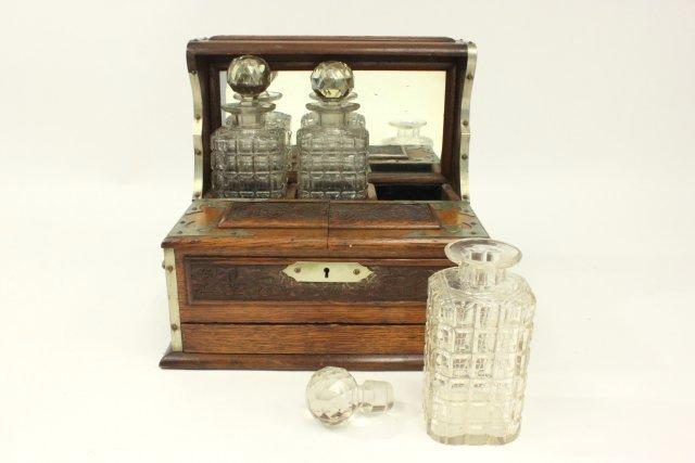 Carved Oak Humidor Box & Matching Tantalus - 5