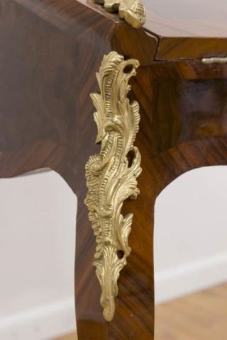 :Louis XV Style Tulipwood Petit Bureau - 3