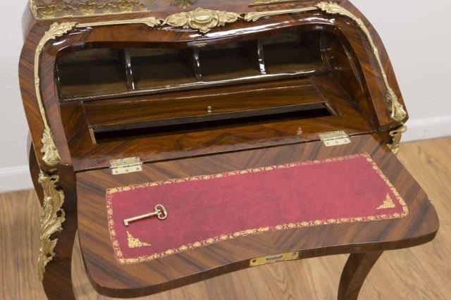 :Louis XV Style Tulipwood Petit Bureau - 5