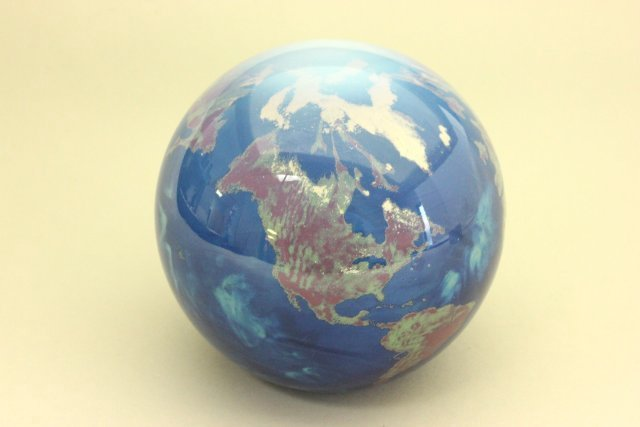 Paperweight, Map of the World
