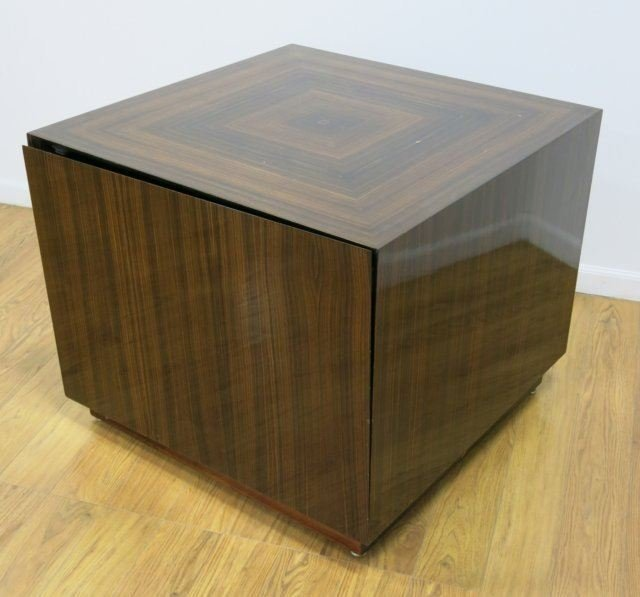:Modern Rosewood Cabinet - 2