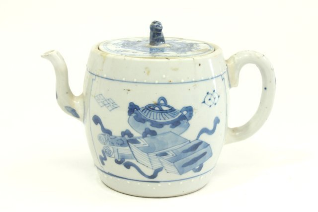 Ming Chinese Blue & White Teapot - 2
