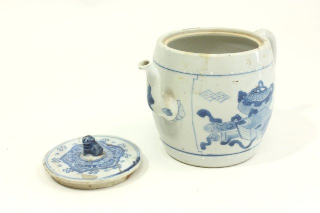 Ming Chinese Blue & White Teapot - 3