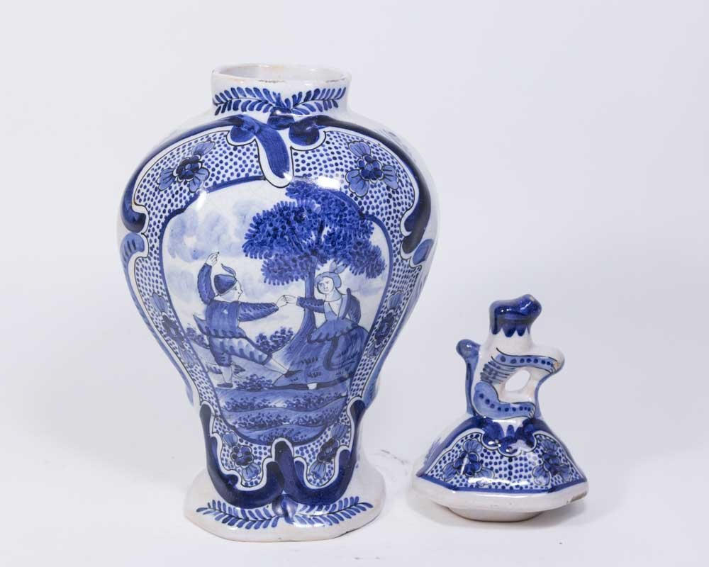 Suite of 5 Delft Covered Urns & Vases - 2