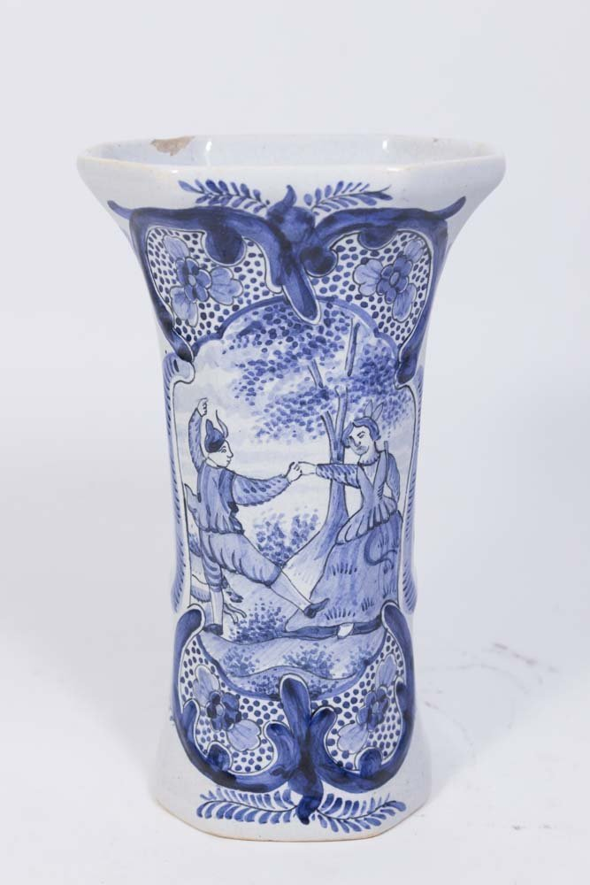 Suite of 5 Delft Covered Urns & Vases - 5