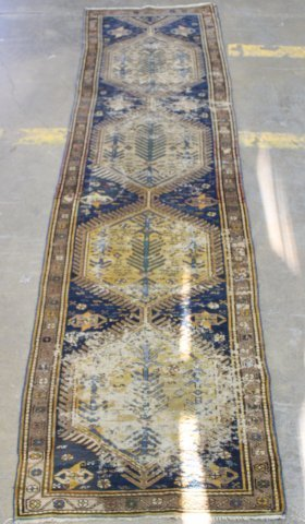 Heriz Wool Runner Rug/Carpet