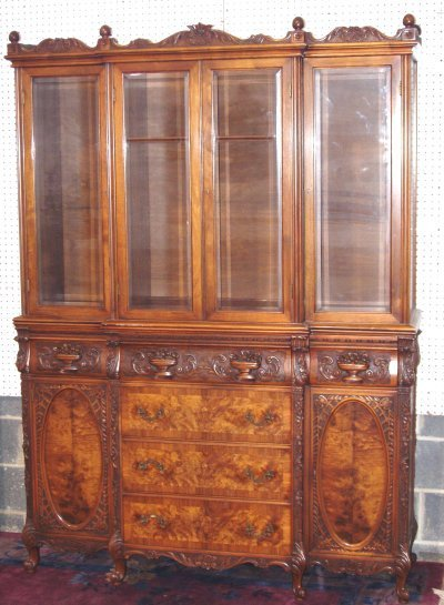 82: CARVED 1930'S BREAKFRONT.