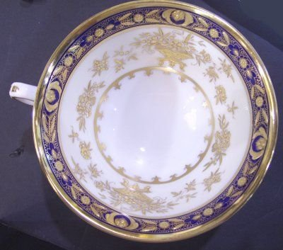 267: SERVICE FOR 8 MINTON DINNERWARE - 2