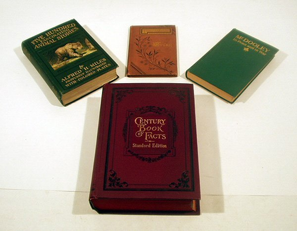 6028: 4V Antique Reference THEOLOGY WILD ANIMALS Gilt