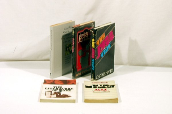 4015: 5V Literature ESSAYS Vian Zwerin Nanry Collier