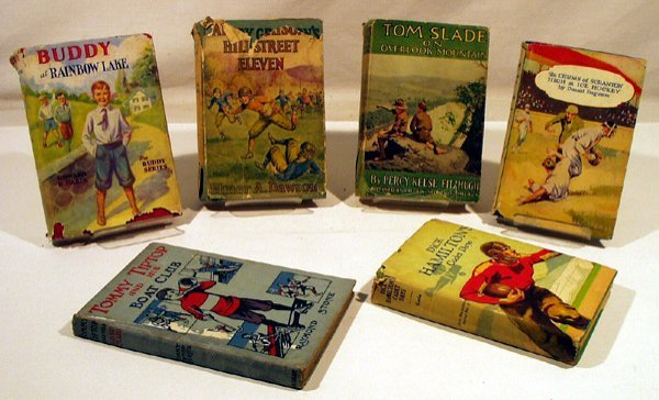 1020: 6V Antique JUVENILE FICTION SERIES Football Lakes