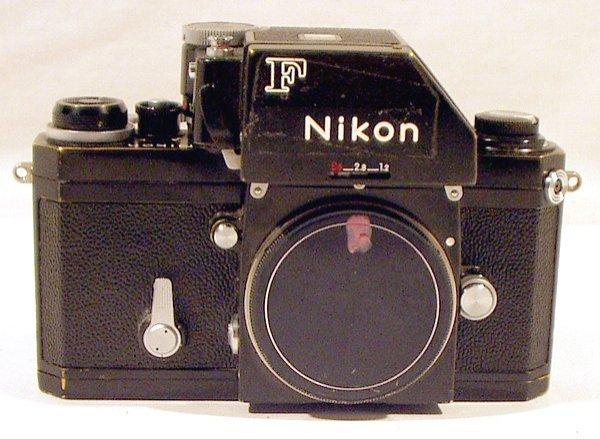 8014: Nikon F SLR CAMERA 1970 Body Vintage Collection