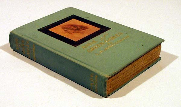 8008: Montgomery ANNE OF GREEN GABLES 1908 First editio