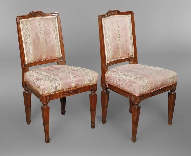 Paar Stühle aus einer Prager Villa