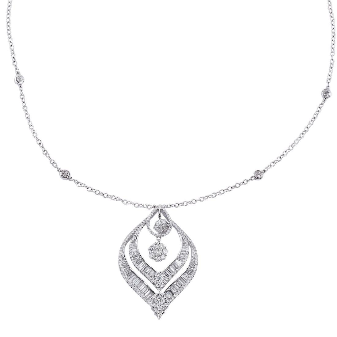 A leaf pendant diamond necklace