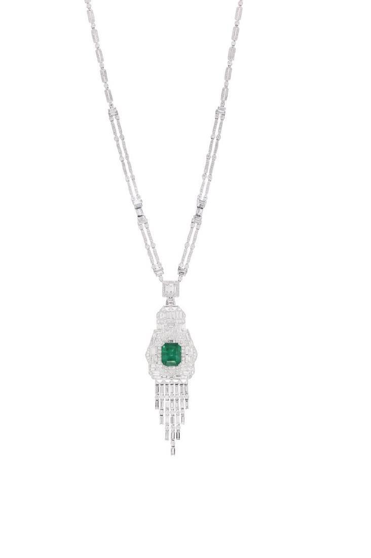 An Art Deco-style Colombian emerald and diamond sautoir