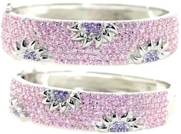 2277: 25 CT LAB PINK & PURPLE SAPP SILVER BANGLE.