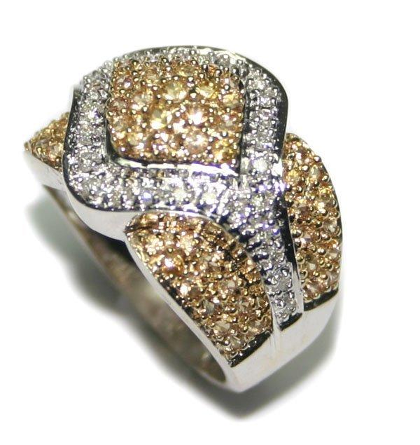 1003: 2 CT DIAMOND & Y,SAPPHIRE 7.30 GR 14KT GOLD RING.