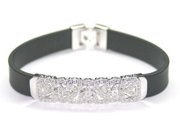 1048: 1. CT DIAMOND 14KT GOLD BRACELET.