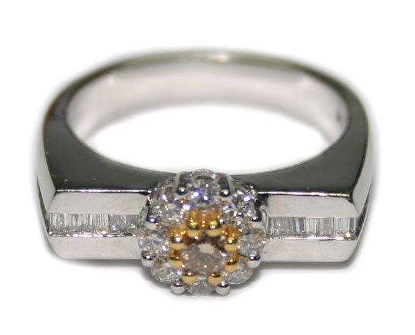 5693: 1.50 CT DIAMOND 7 GR 14K GOLD  RING .