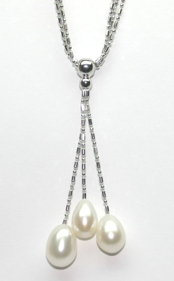 3021: 11mm NATURAL WHITE PEARL DROP SILVER NECKLACE.