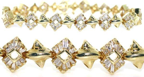 2297: 2,CT DIAMOND 16.60 GR 14KT GOLD BRACELET.