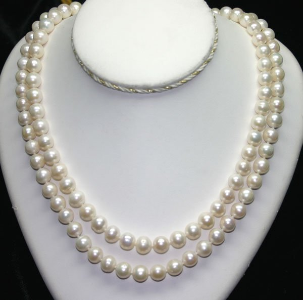 1022: 40'' INCHS  9- mm NATURAL PEARLS NECKLACE .