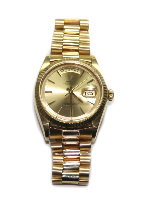 4535: MAN'S ROLEX  18K  GOLD  PRESIDENT DATE  WATCH .
