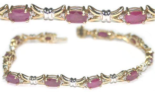 4009: 10,CT DIAMOND & RUBY 10GR 10KT GOLD BRACELET.