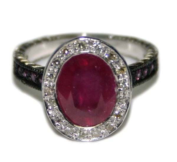 4740: 4, CT DIAMOND & RUBY 14KT GOLD RING 5.35 GR .