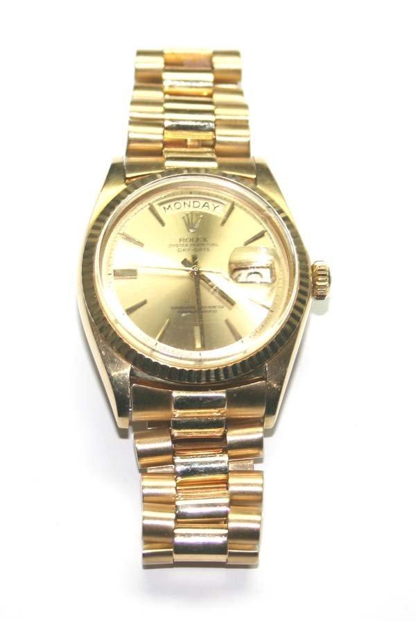 4429: MAN'S ROLEX  18K  GOLD  PRESIDENT DATE  WATCH .