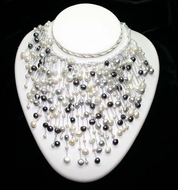 5018: NATURAL  FRESH WATER  PEARL NECKLACE.