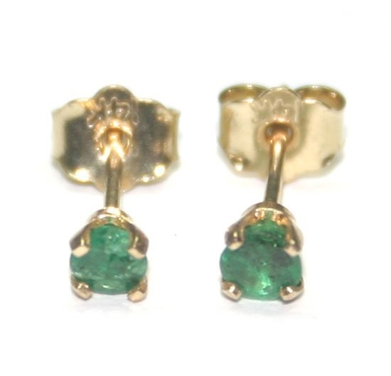 2003: 0.30 CT EMERALD 14kt GOLD STUD EARRINGS.