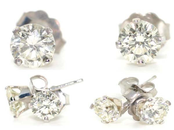 2318: 1.50 CT DIAMOND 14KT GOLD STUD EARRINGS